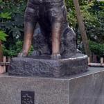 渋谷といえばやはりココ。渋谷駅前の「忠犬ハチ公像」